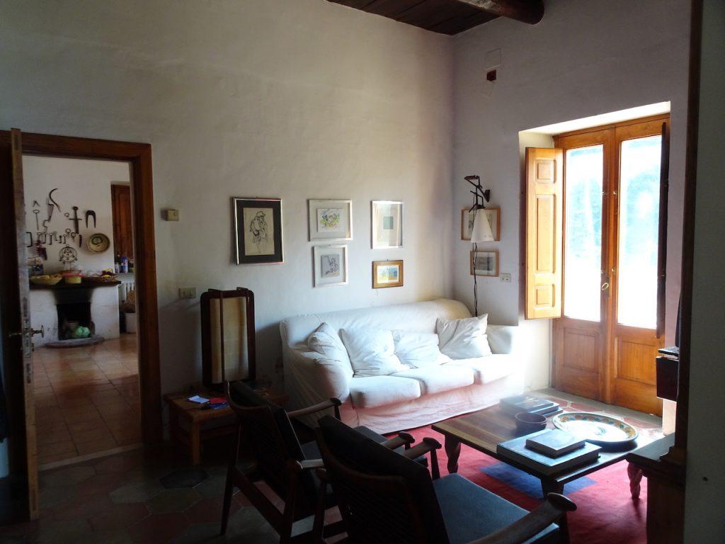 Vista salotto e cucina